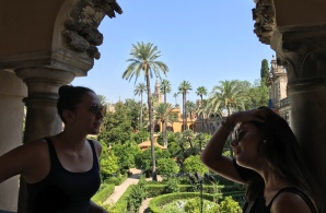 Alisa Pazos and Stephanie Sepulveda of FIU in the Real Alcazar de Sevilla (Photo JW Bailly CC BY 4.0)