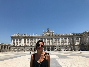 Stephanie Sepulveda of FIU in front of the Palacio Real in Madrid (Photo by JW Bailly CC BY 4.0)