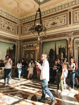FIU Honors students at Vizcaya Museum & Gardens © Natalie Bravo (CC by 4.0)