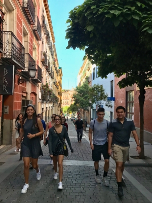 FIU Honors Spain 2018 (Photo by JW Bailly CC BY 4.0)